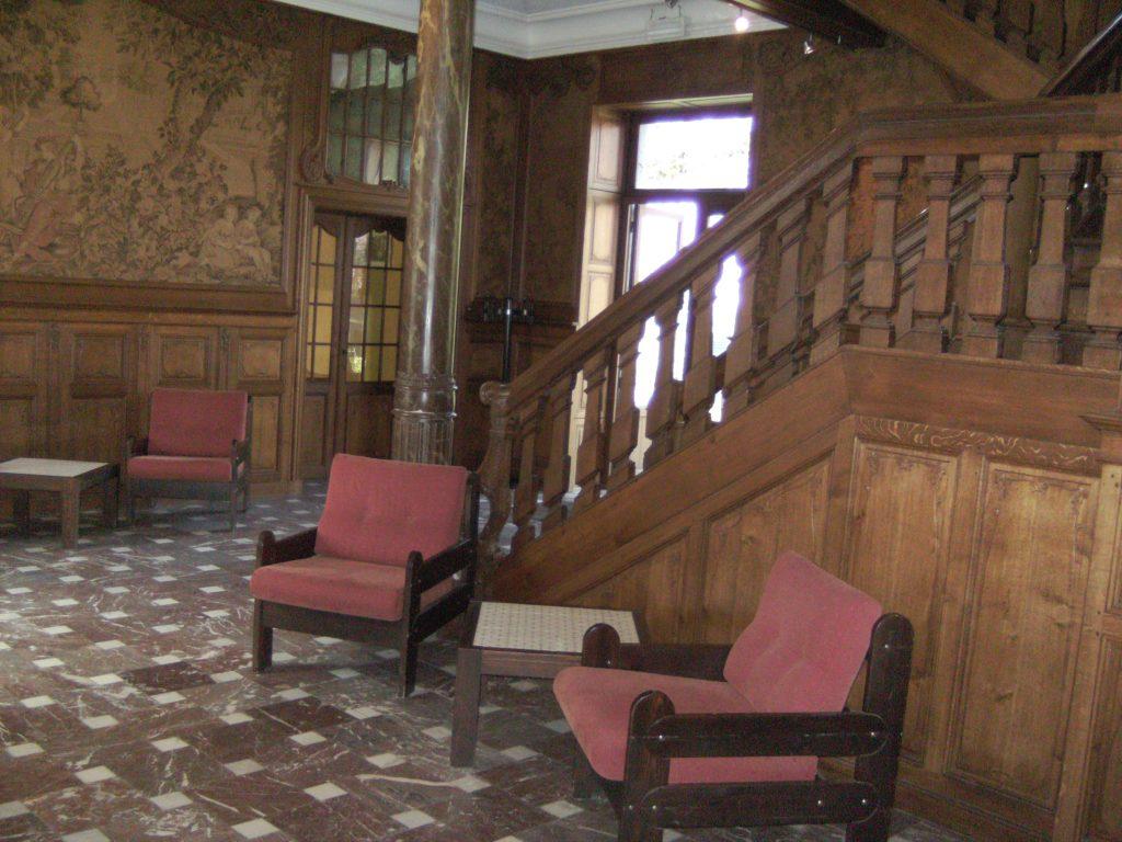 Hall château